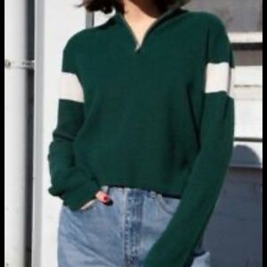 🌸 Brandy Melville Green Casey Sweater